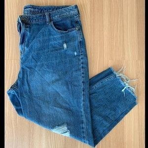Old Navy High-Rise Straight Leg Cropped Jeans